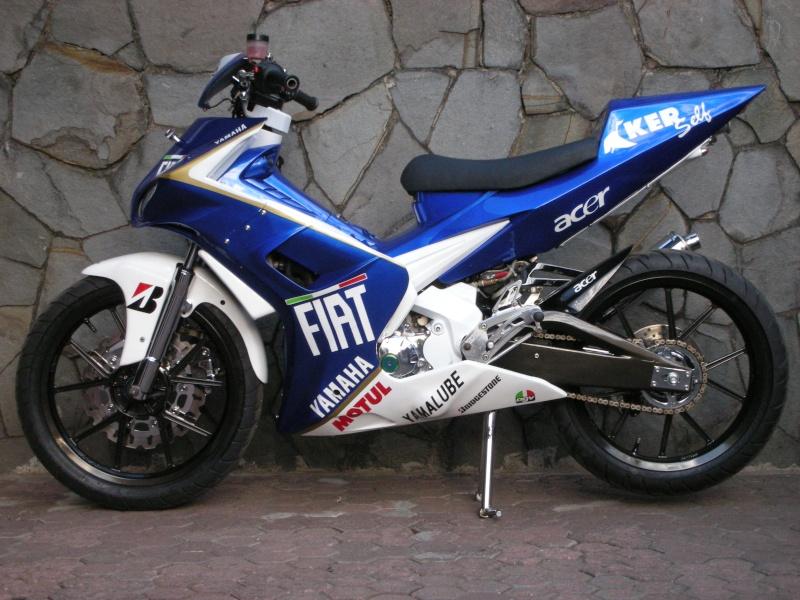 bagaimana Bro/Sis tentang Gambar modifikasi motor yamaha f1zr Terbaru  title=