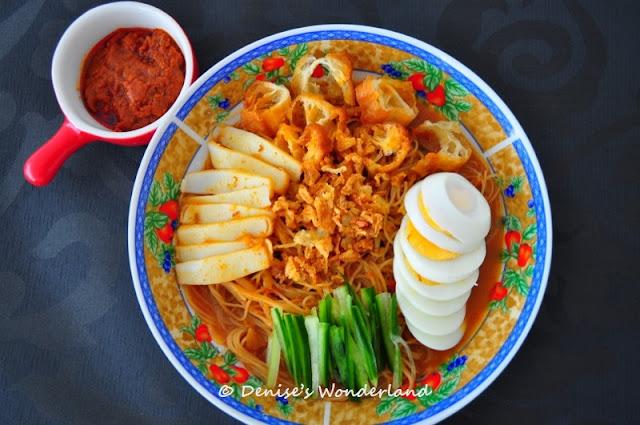 Nyonya style Mee Siam