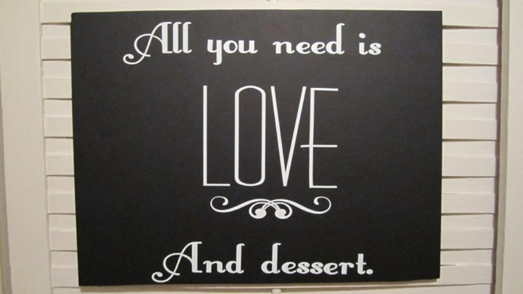 I do sign designs dessert table sign 17 for Table sign design
