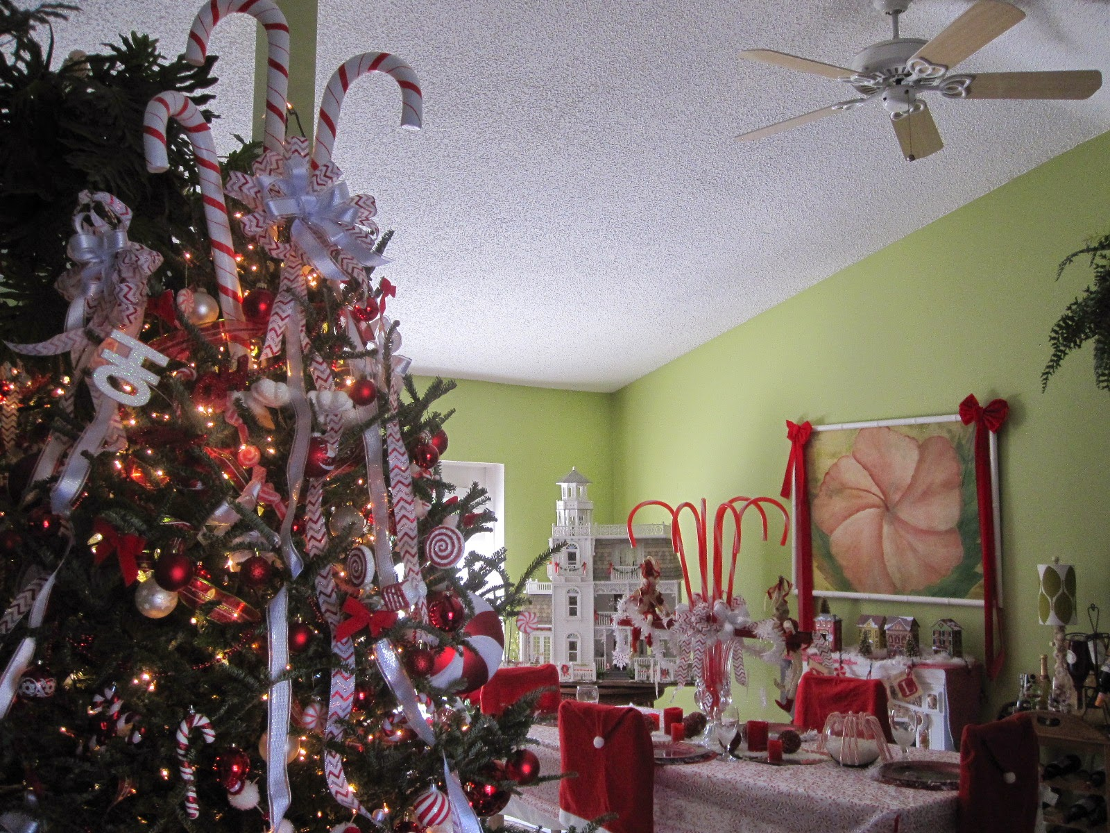 Dollhouses by Robin Carey: My Red and White Candy Cane Christmas and ...