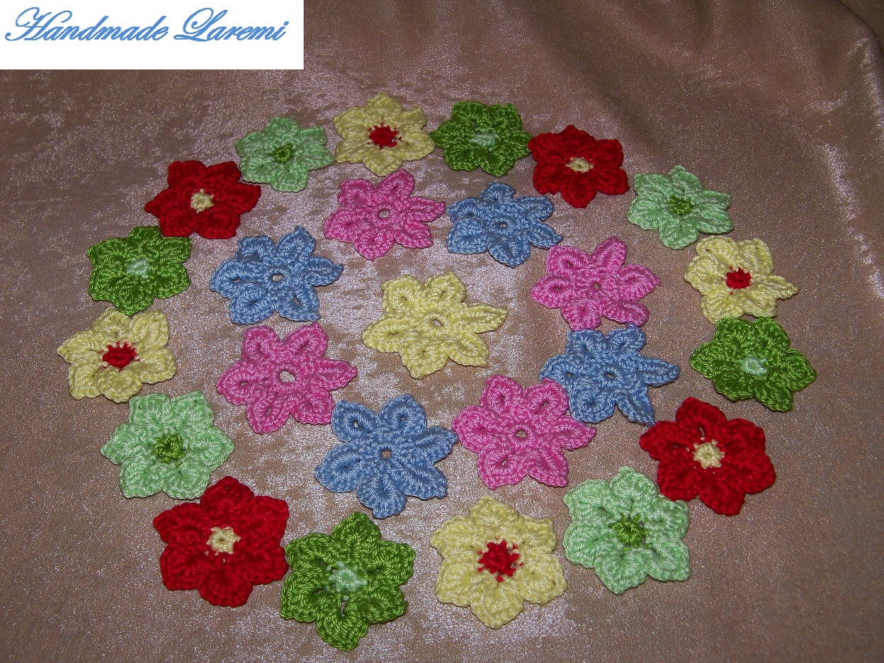 Flori Crosetate Din Bumbac Mercerizat  Diametrul Unei Flori Este De