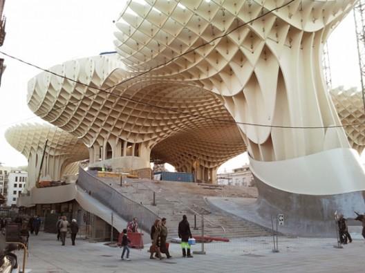 antART: Unusual Architecture