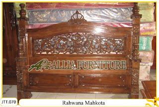 Tempat tidur kayu jati ukir jepara Rahwana Mahkota murah.Jakarta
