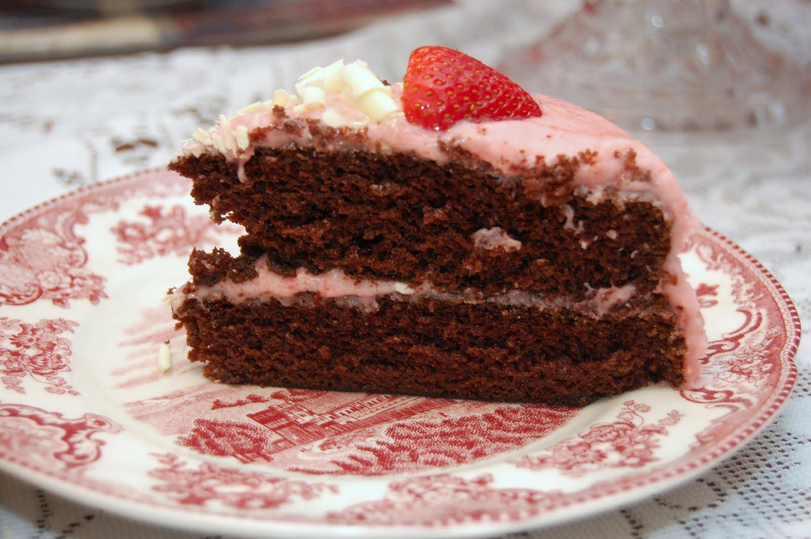 ... grazia: chocolate cake w/ strawberry buttercream: sissys birthday