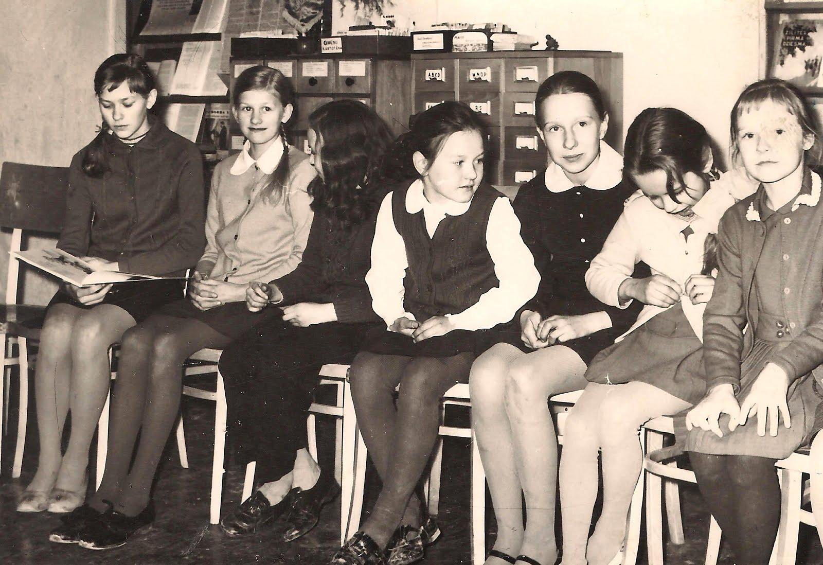 Pasākums skolēniem bibliotēkā ( 1970-tie gadi ) - 2