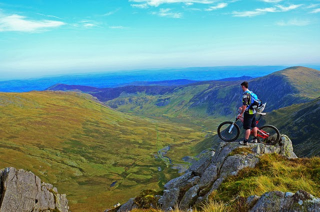 There are many biking options in Snowdonia for people who would rather get about upon two wheels