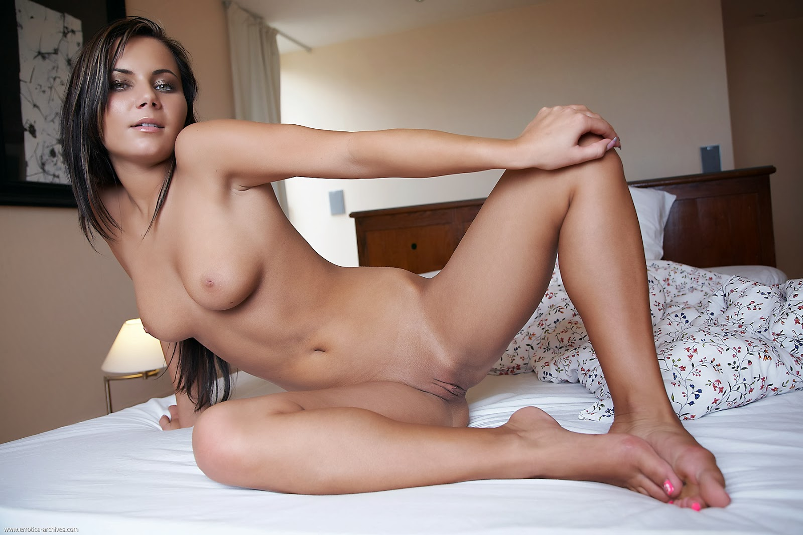Hot Foreign Nudes 8