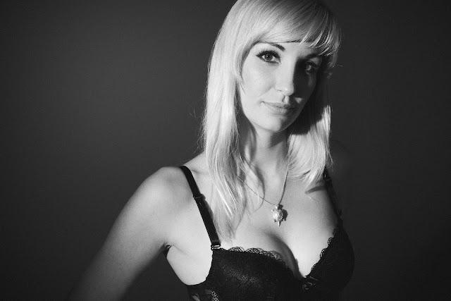 Czarno-biała fotografia portretowa. fot. Łukasz Cyrus, Katowice