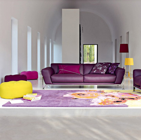 Beauty houses purple interior designs living room for Living room ideas purple