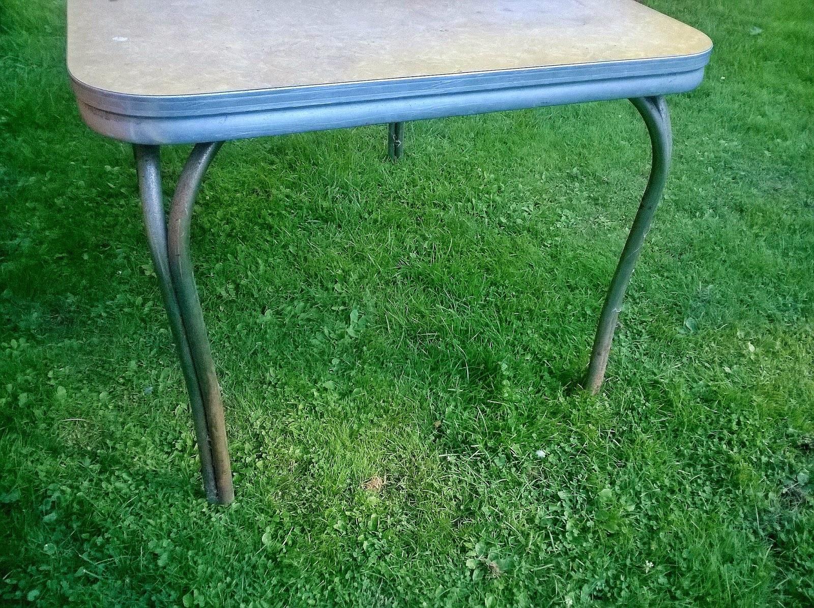 Retro chrome table redo redo it yourself inspirations retro retro chrome table redo watchthetrailerfo