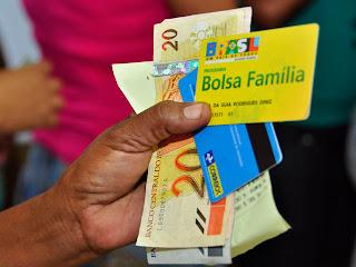 Abono natalino do Bolsa Família na PB já pagou mais de cem mil Famílias