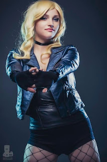 Cosplay model Veron as Black Canary from DC Comics