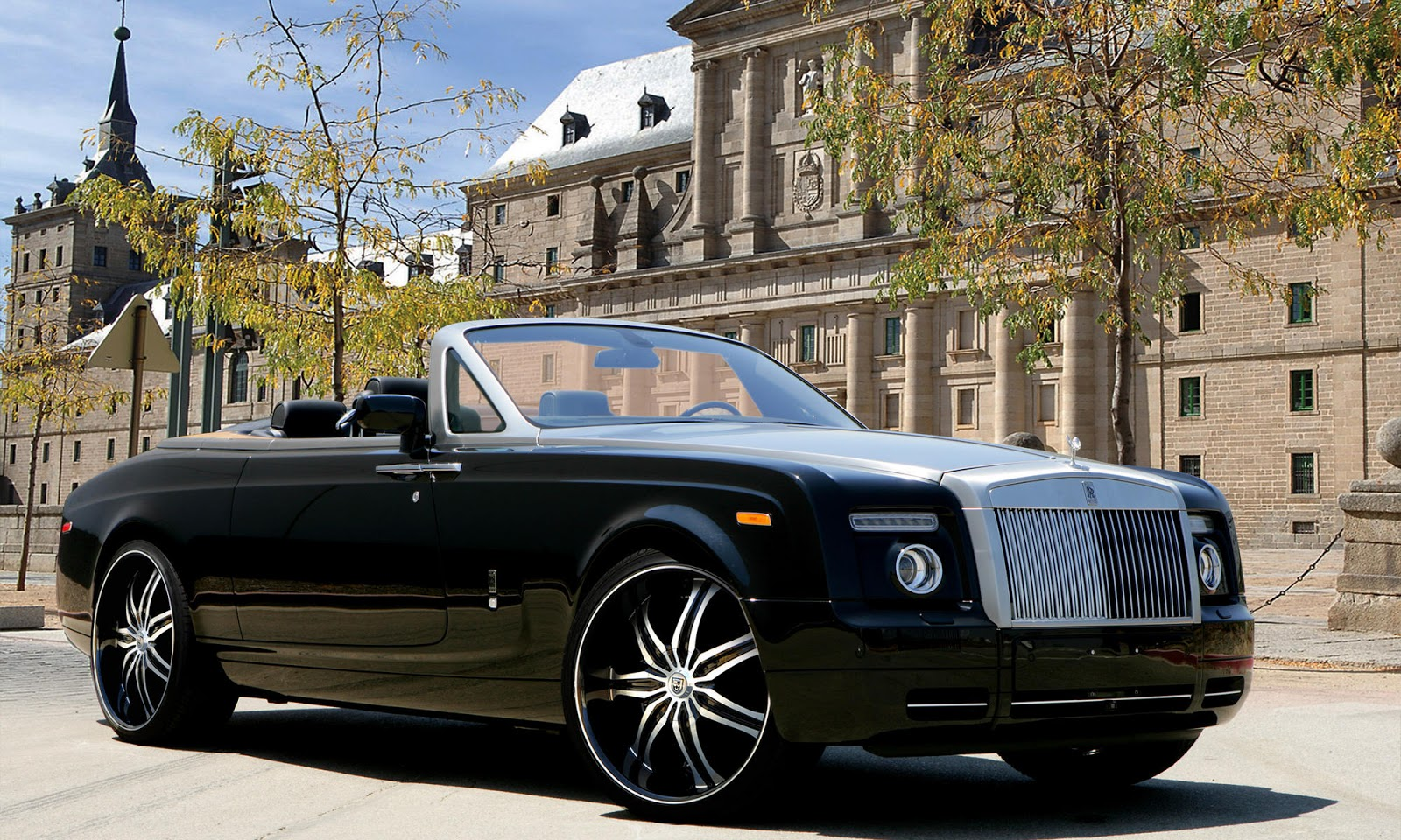 hd cars wallpapers rolls royce phantom. Black Bedroom Furniture Sets. Home Design Ideas