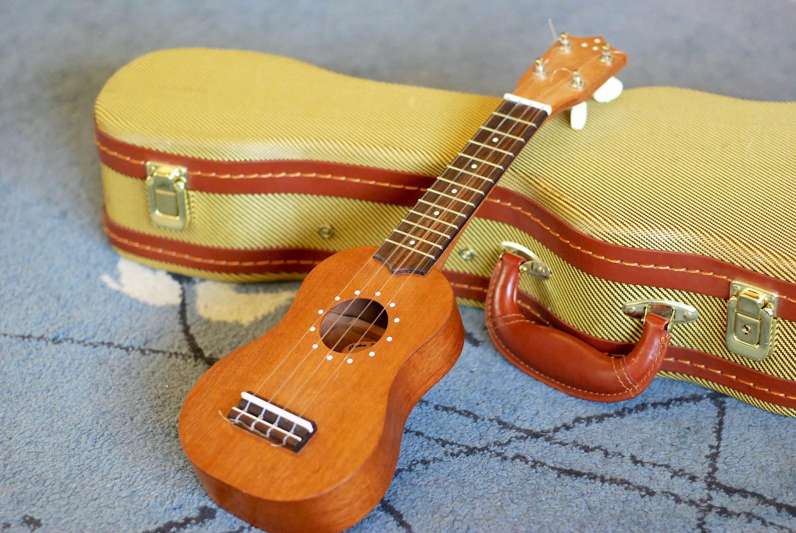 John Daniel Pixie Sopranino ukulele