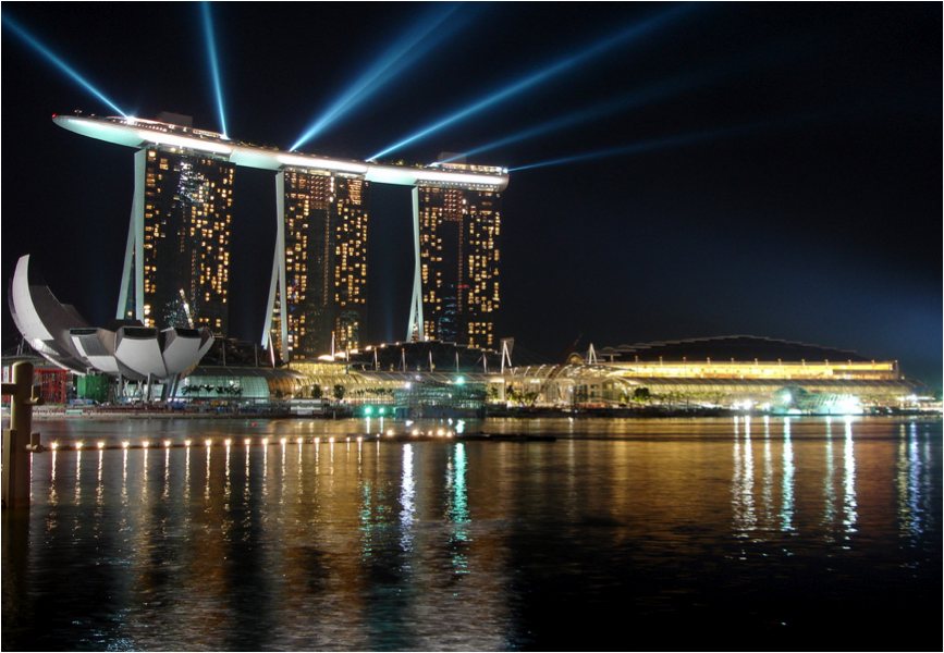 Let 39 s decorate online marina bay sands in singapore for Most luxurious hotel in singapore
