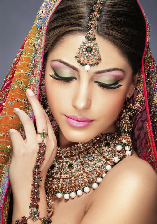 Info Makeup Wedding Female Daily : Most Important Components of Bridal Makeup