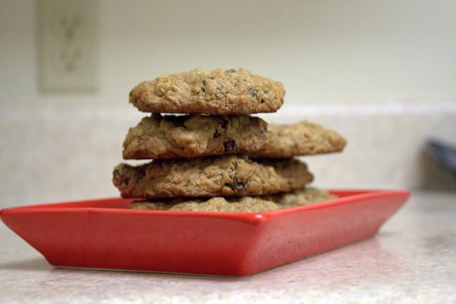 spiced oatmeal raisin cookies