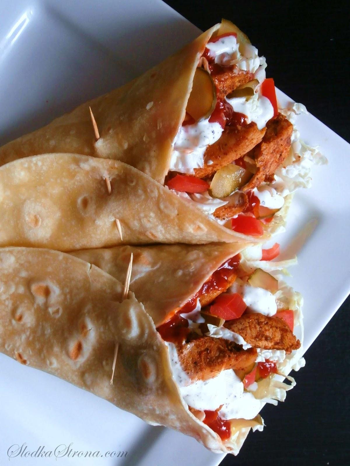 Kebab w Tortilli z Kurczakiem - Przepis - Słodka Strona