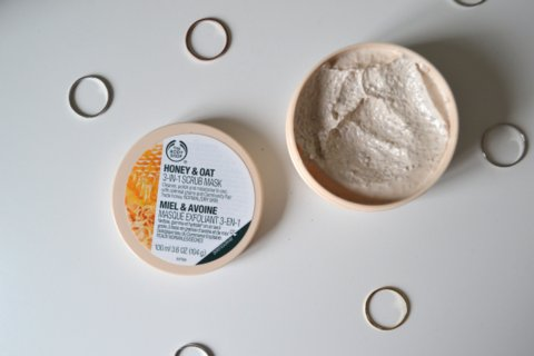 The Body Shop Honey & Oat 3 in 1 Scrub Mask