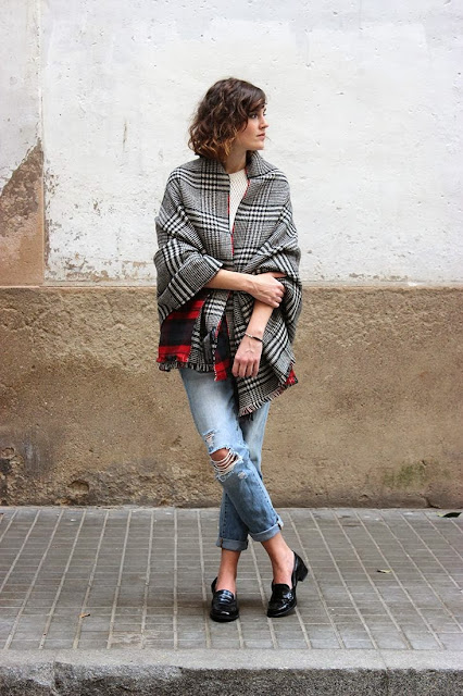 oversized plaid scarf outfits