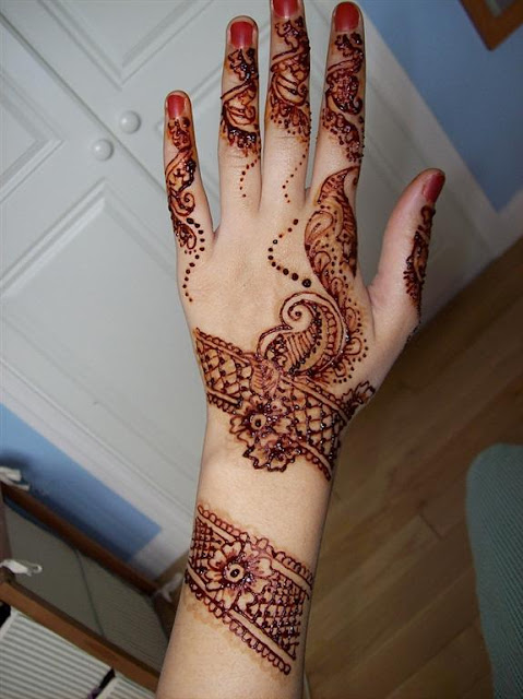 Simple Bridal mehndi designs 2012