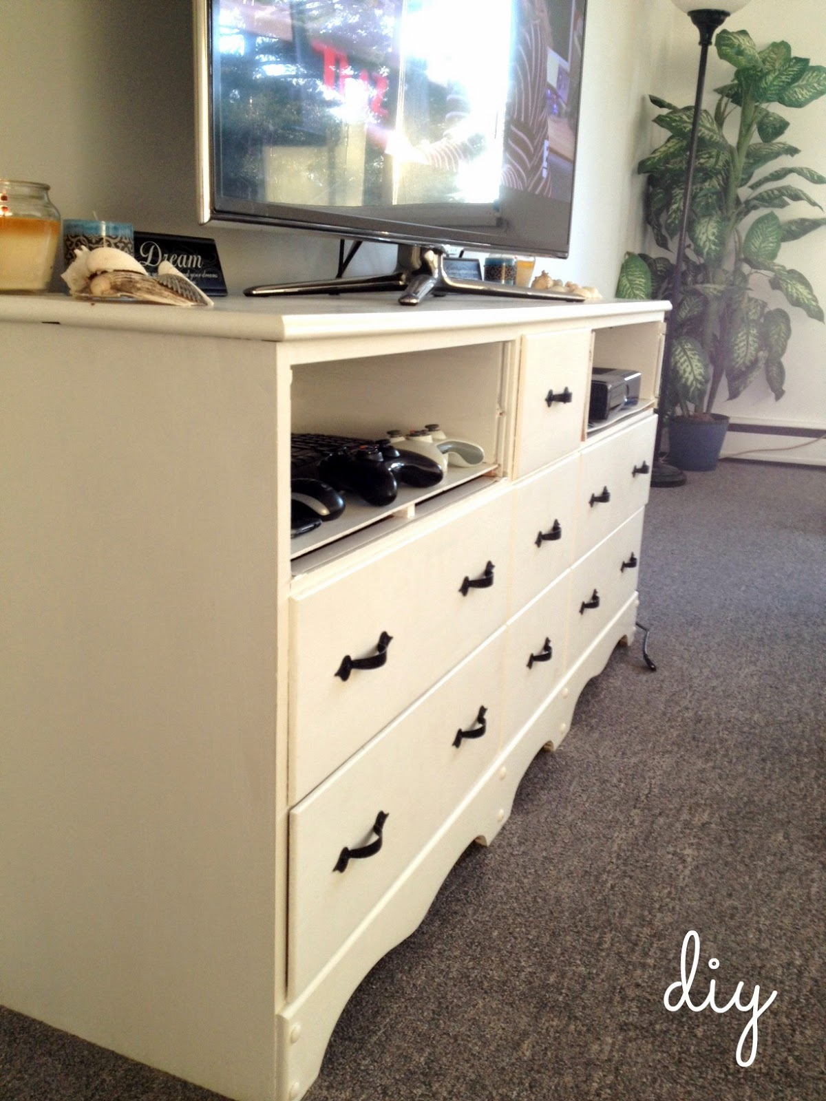 showy how to into creative at tv a plus for home dresser ga stylish dashing turn stand barkers makeover