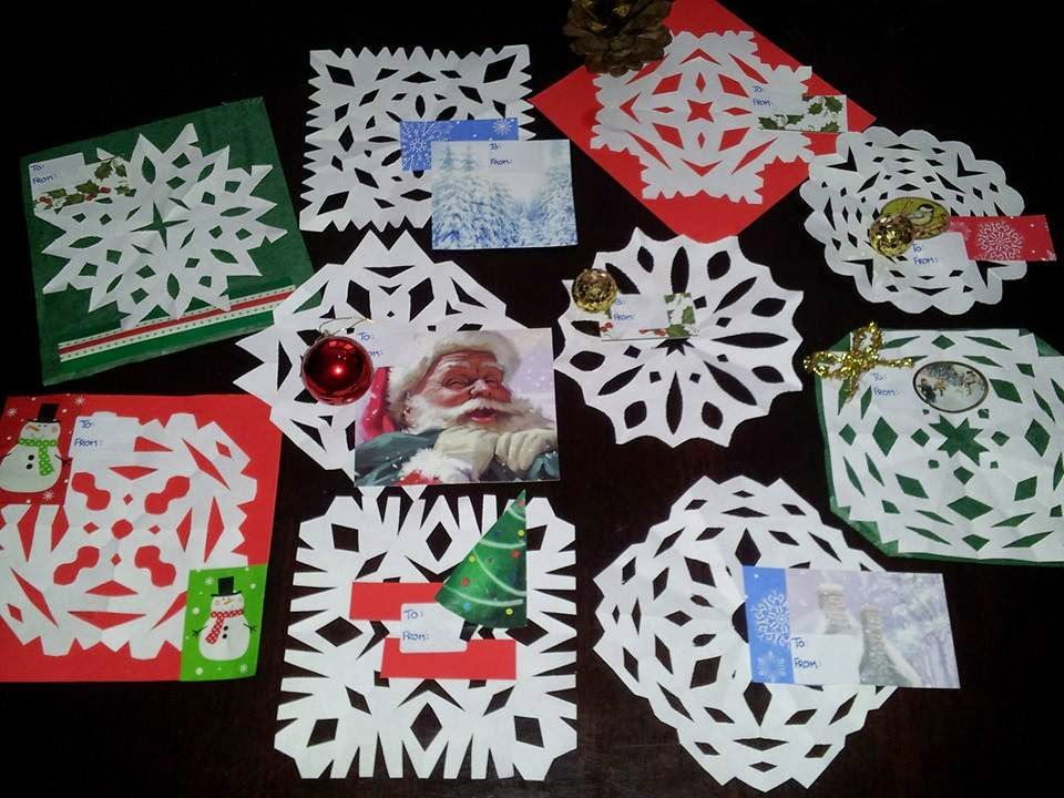 handmade Christmas gift tags, crafts, Christmas crafts, paper snowflakes