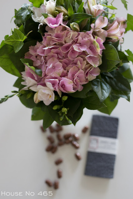 viherlassila, kukkakimppu, kukka