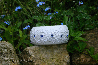 gunadesig leather bangle something blue something white