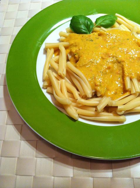 Casarecce con pesto a la siciliana