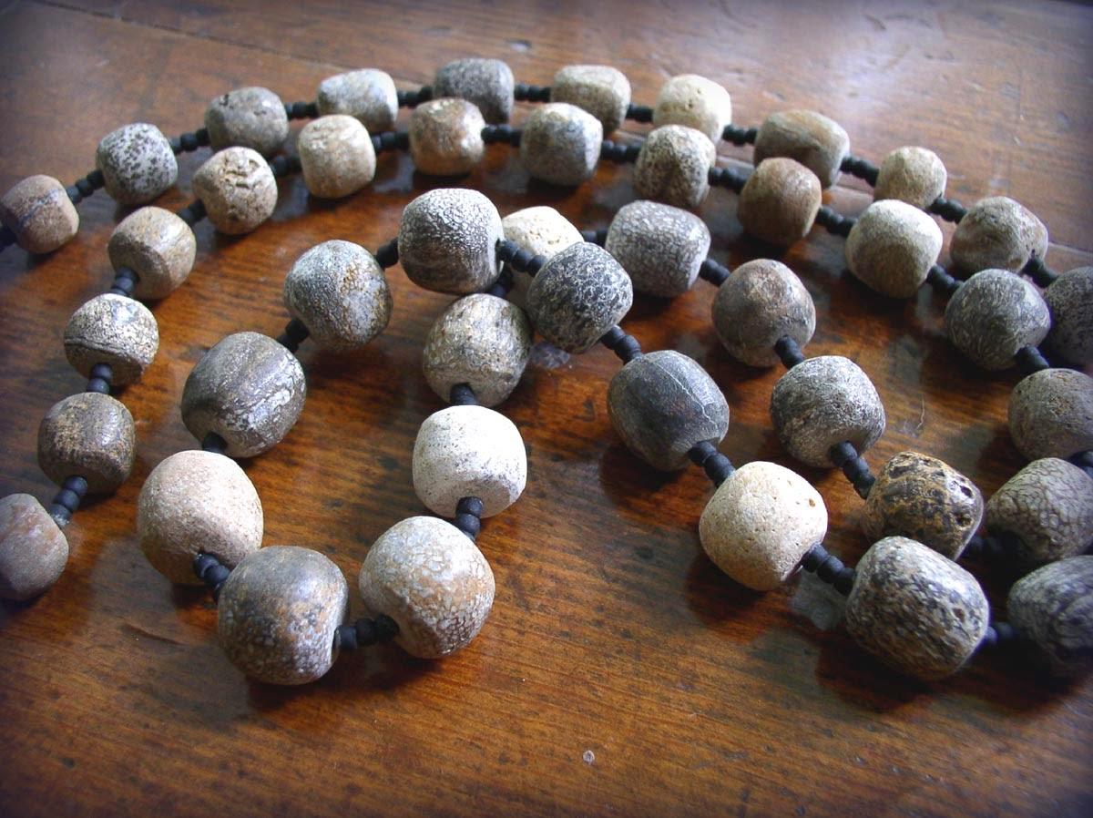 http://1.bp.blogspot.com/-as59qeYkEv0/U9O0K_yCorI/AAAAAAAAEGE/NPP-Q34ciUY/s1600/Mammoth+beads-4.jpg