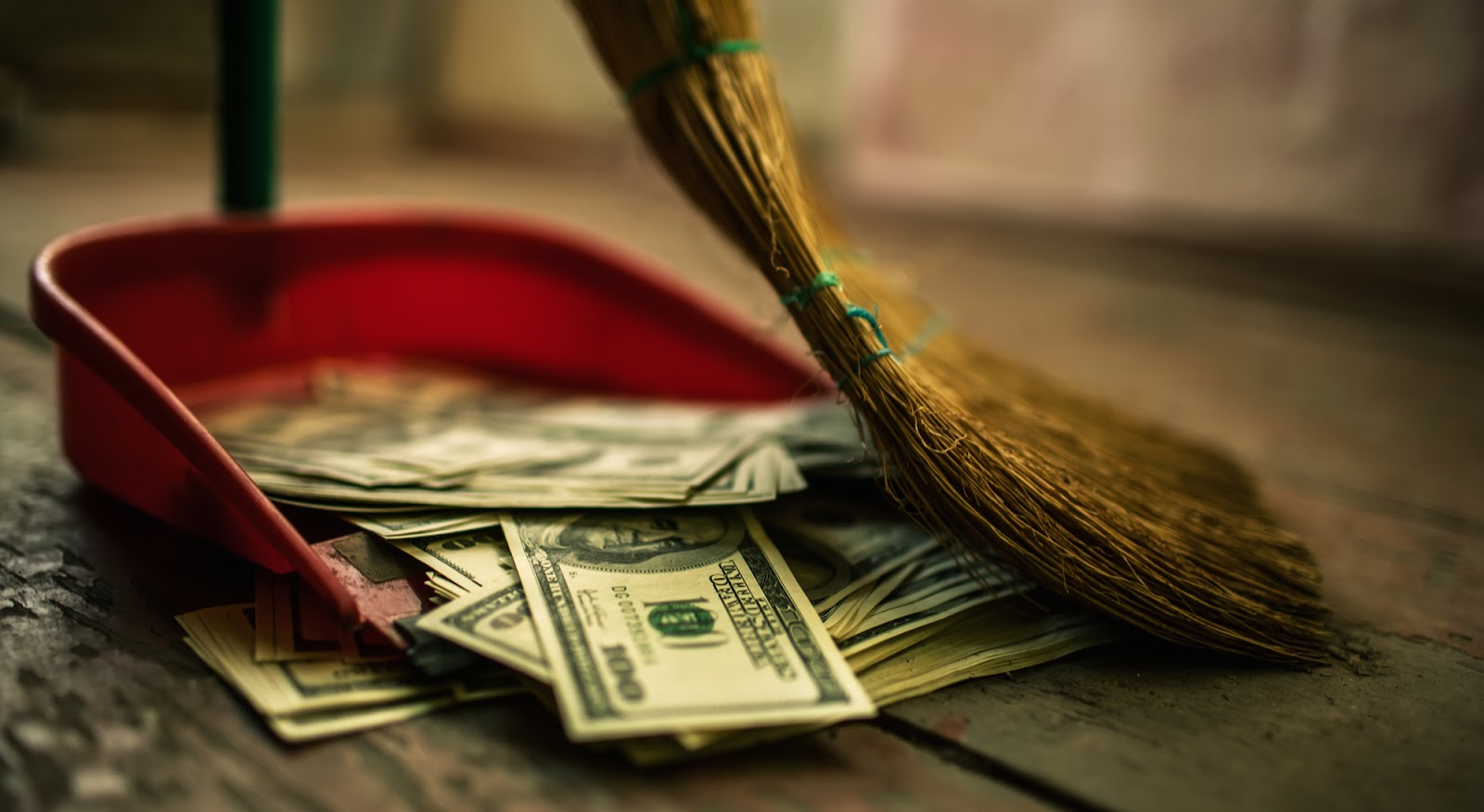 How to start your own junkshop business: Money Found In Trash!