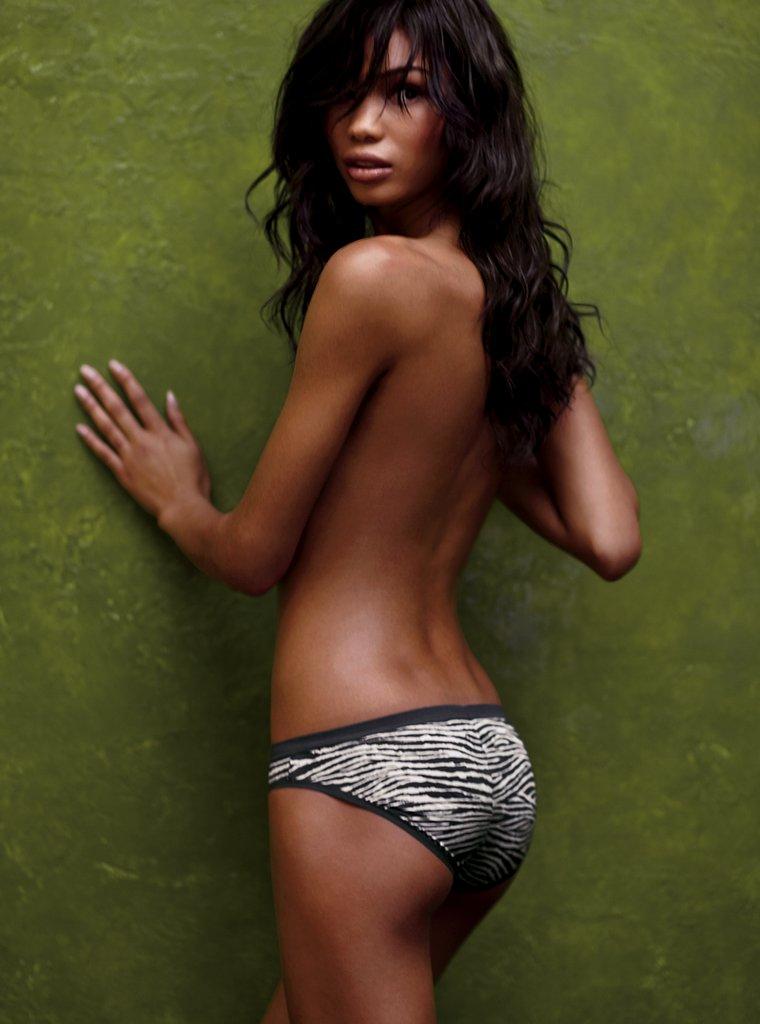 Celebrities in Hot Bikini: Victoria's Secret Angel Chanel Iman