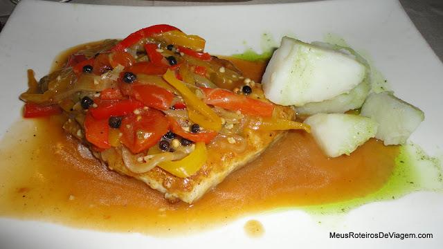 Linguado no Restaurante Panini's - Montevidéu, Uruguai