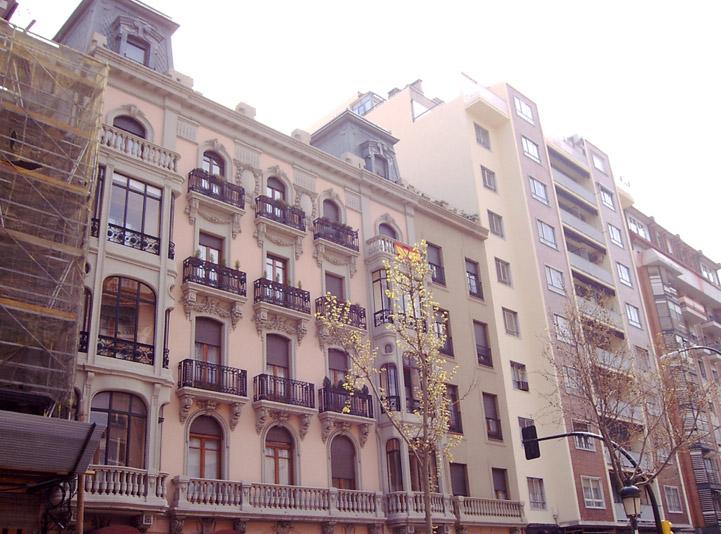 Fachada ornamental en Zaragoza
