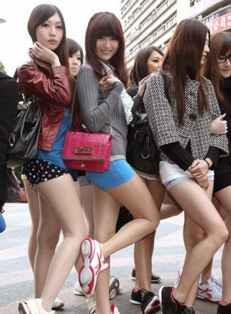Beautiful Chinese girls on the street