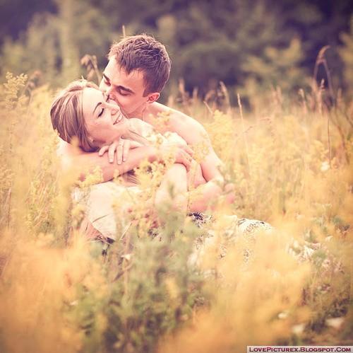 girl-boy-love-couple-kiss