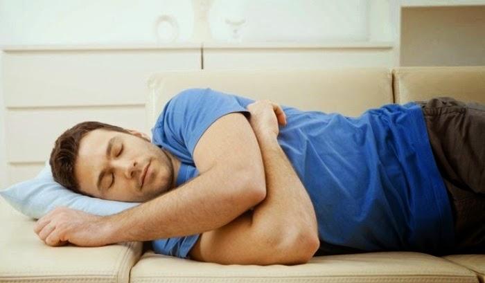 Manfaat Tidur Miring Ke Sebelah Kanan Sesuai Sunnah