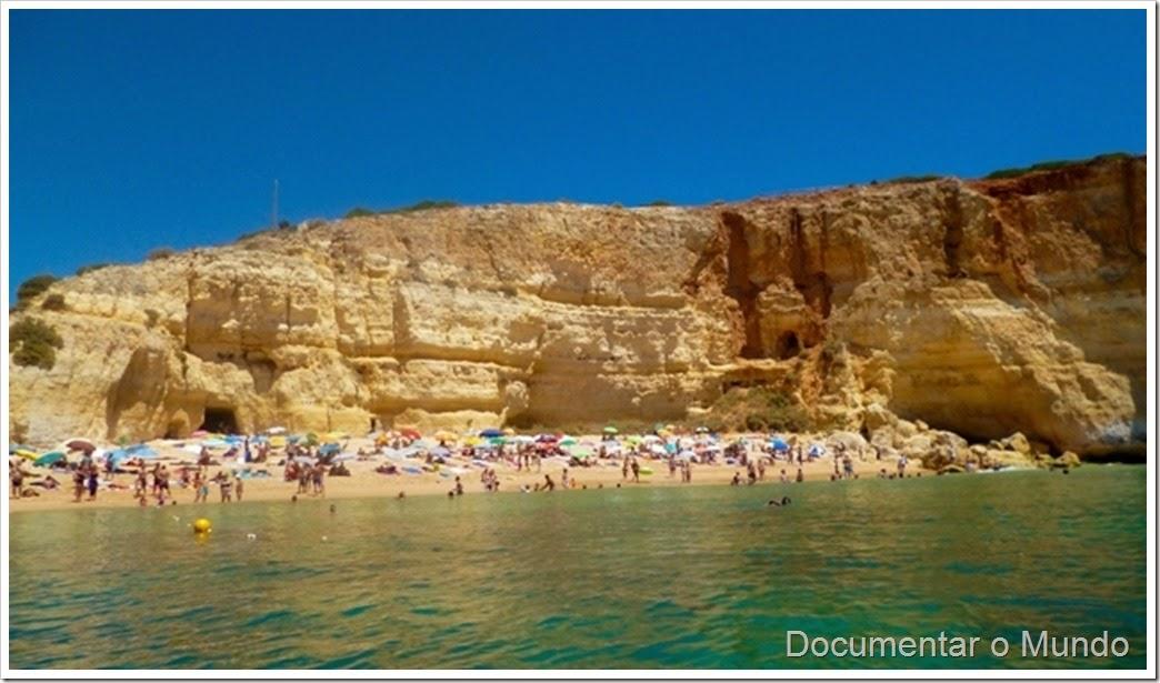 Praia de Benagil; Praias Algarve; Férias Algarve; Grutas Marinhas; Sea Caves; Grotten Fahrt
