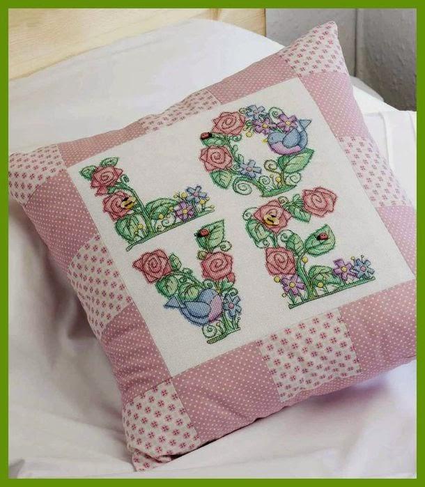 Схема красивой вышивки на подушку