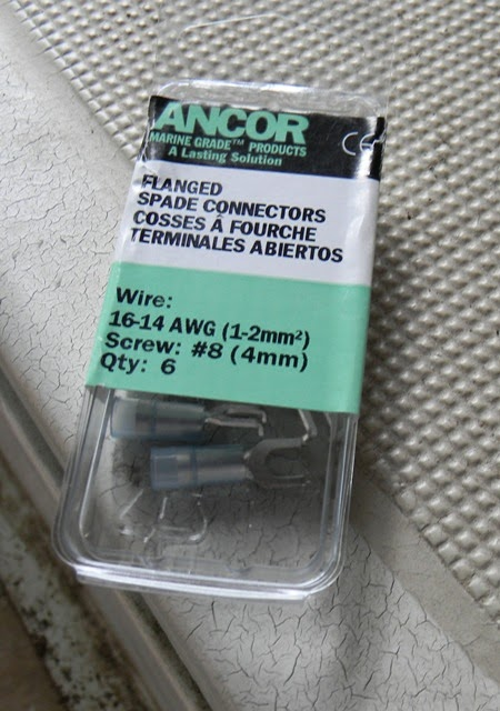 Ericson 25 oystercatcher electrical ac receptacles main salon these ancor brand terminals are overpriced and being sold by west marine they are even more overpriced nevertheless i broke down and bought them greentooth Images