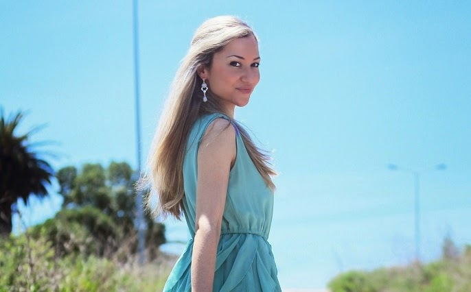 look do dia, ootd, look of the day, outfit, personal style, estilo pessoal, mint pleated dress, ruffles, sheinside, vestido verde menta, vestido plissados e folhos, cores pastel, tendências, primavera verão 2014, chic look, blog de moda, blogue de moda, blog de moda portugal, blogues de moda portugueses, consultoria de imagem, dicas de imagem, style statement, fashion blog, personal stylist, schutz, guess, parfois, accessorize, sandálias gladiadoras, gladiator sandals, animal print purse, padrão animal print, píton