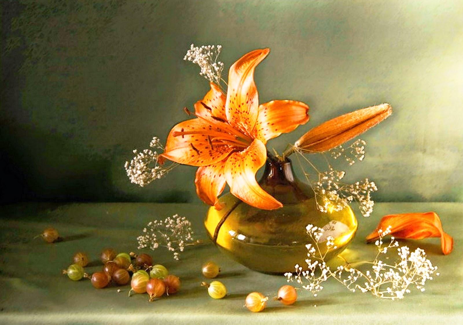bodegones-hiperrealistas-con-frutas-y-flores