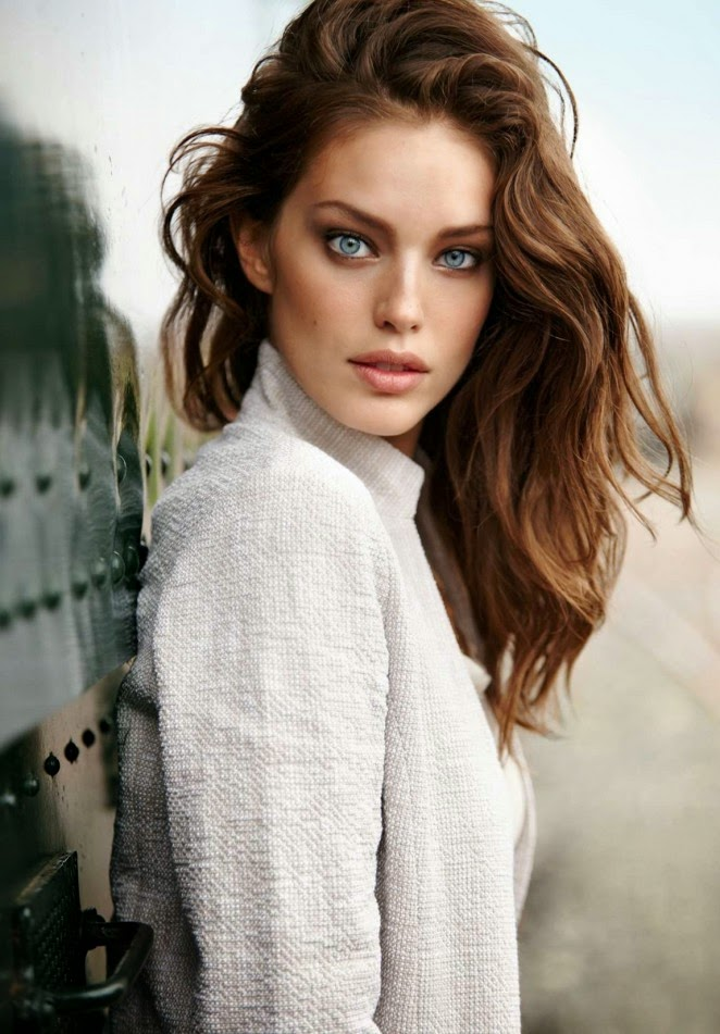Emily DiDonato – Calzedonia Collection 2015