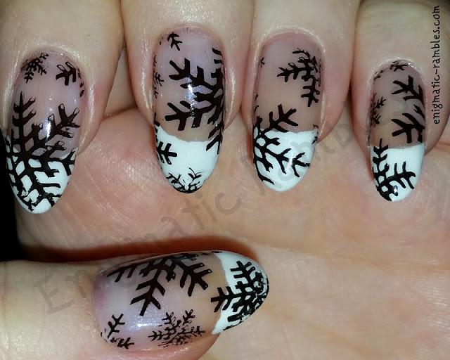 stamped-snowflake-nails-nail-art