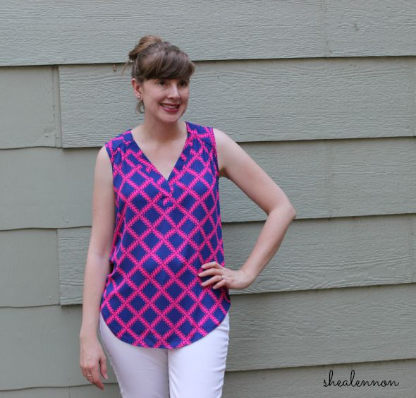 neon pink top and white jeans | www.shealennon.com