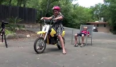 バイクで歯を抜く