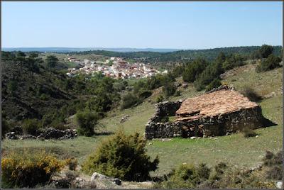 Tinada y Valdemorillo De La Sierra al fondo