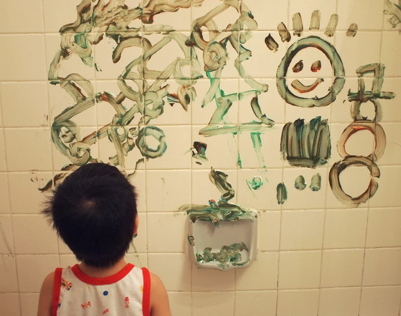 Make Shaving Cream Clouds and Paint the bathtub walls | Pink Stripey ...
