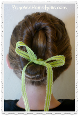 Anna's bun from the movie Frozen (tutorial)